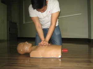 Workplace approved emergency first aid re-certification in Victoria